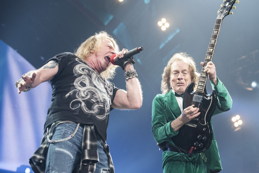Axl Rose e Angus Young